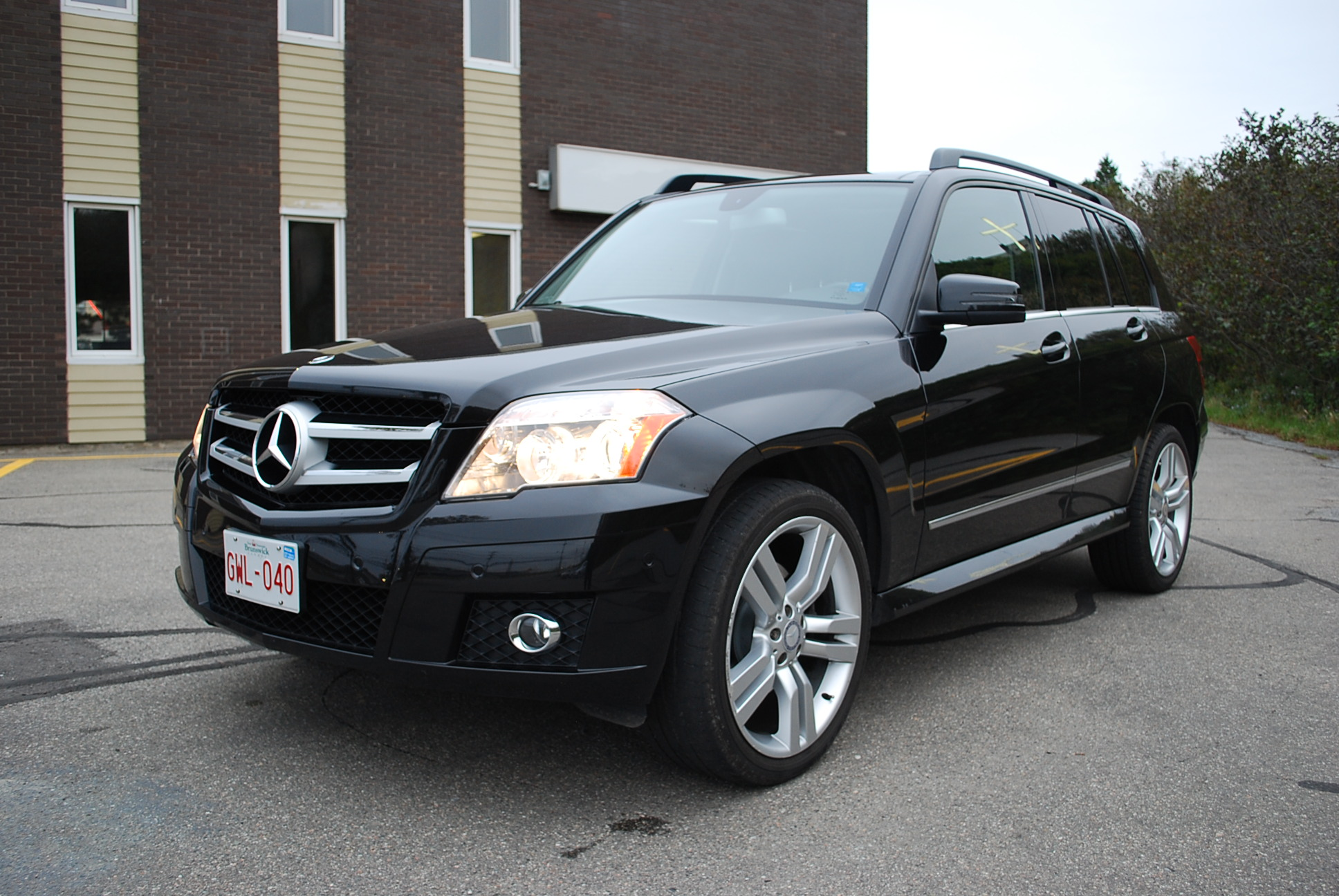 Used 2010 mercedes benz glk350 for sale in saint john nb for 2010 mercedes benz glk